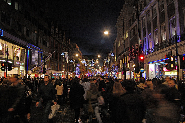 Britons set to spend over £12,000 per second on Black Friday